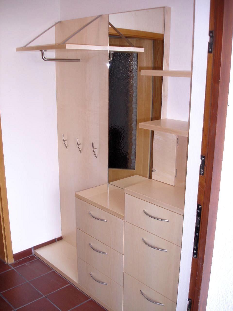 diele garderobe flur oder treppenhaus schreinerei aschauer. Black Bedroom Furniture Sets. Home Design Ideas
